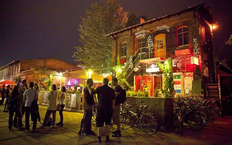 free things to do in berlin at night