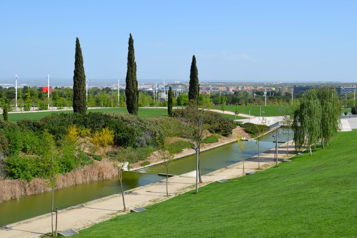 Parque Juan Carlos I Things To Do In Madrid Likealocal Guide
